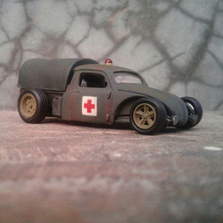 Volksrod medic car 1/64scale