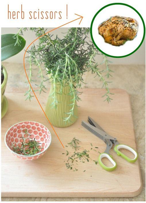 J'ai besoin de ça!: Gadgets Food, Gadgets Stuff, Favorit Kitchens, Herbs Scissors Thes, Herbs Gardens, Gifts Idea, Kitchens Gadgets, Herbs Scissorsth, Gadgets Homes Kitchens