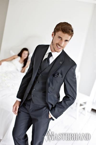 Свадевный салон мужские костюмы