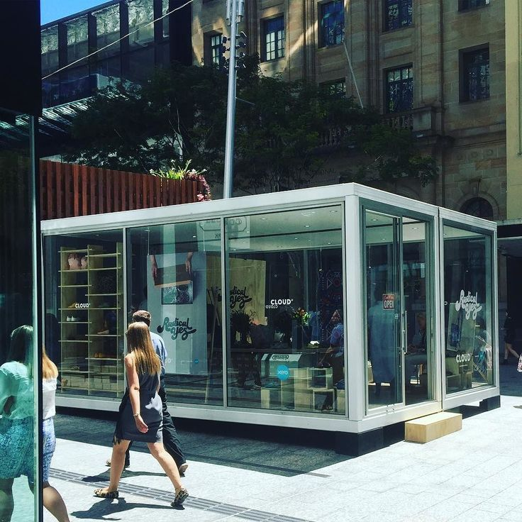 Today I visited the @CloudSTStore #popupshop in #QueenStreetMall #Brisbane. I thought it was going to be multiple stores but in fact it is just one. It's called @radicalyes http://ift.tt/106HKt1 and sells colourful flat shoes. If you visit their website you can see their ethical commitment to #fairtrade their staff. They even stock vegan shoes. If you are looking for something different and something flat visit them tomorrow. You can also play find the understated @xero logo! You'd barely…