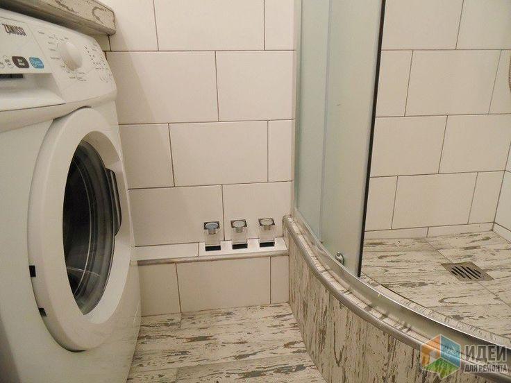 Белая ванная комната, душевая кабина в ванной