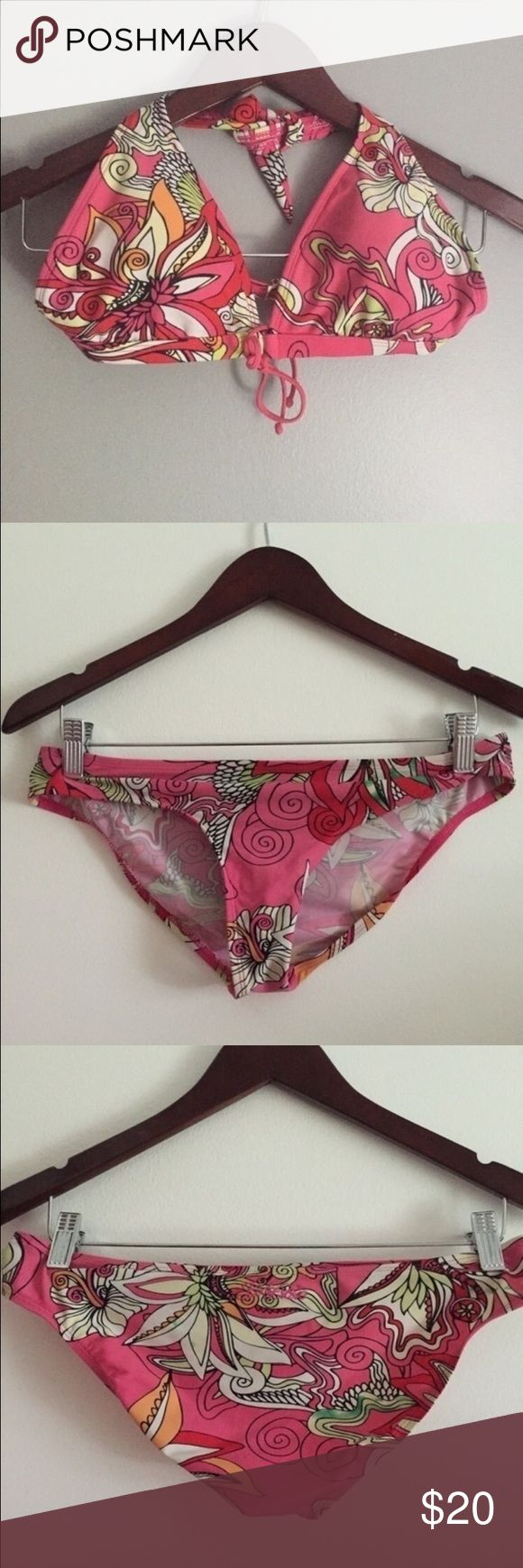 Bikini set Body glove pink bikini set. Size medium. Great condition Body Glove Swim Bikinis