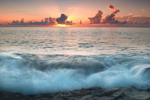 Pretty! #photography #water #sunset #ocean