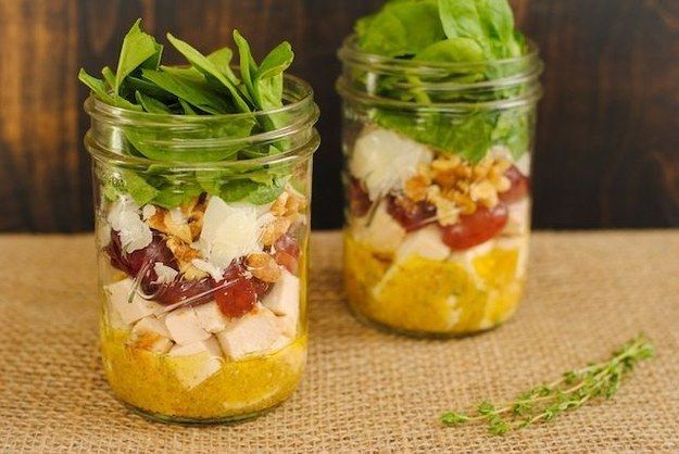 Chicken And Spinach Salad Jars | 18 Mason Jar Salads That Make Perfect Healthy Lunches