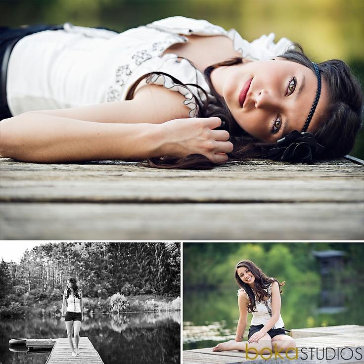 Senior girl pose idea.