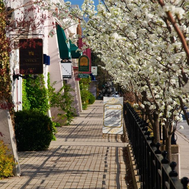 How adorable is this main stretch come spring? Photo: NiagaraScenery.com