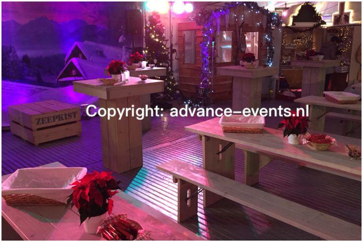Kerstfeest met kerstmarkt voor Independer.