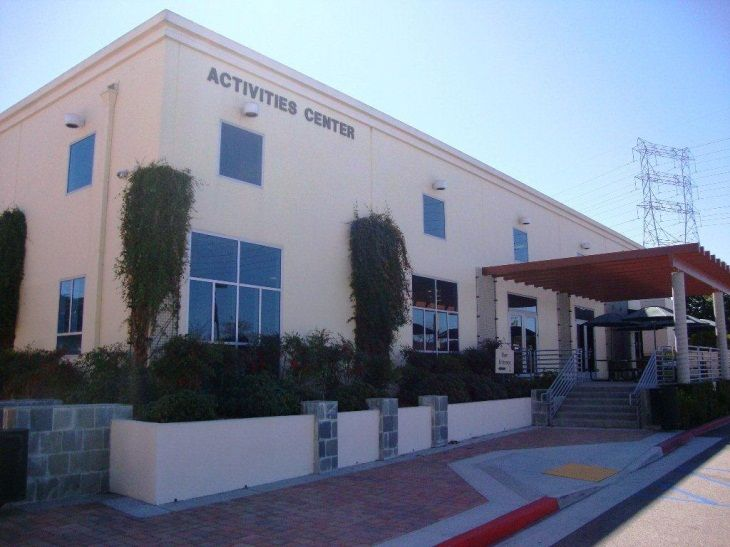 Santa Clarita's Centre is perfect for groups both large and small!