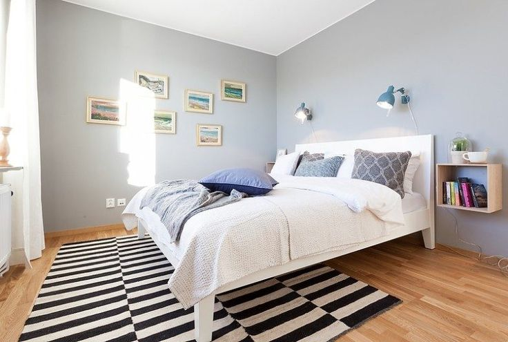 Habitación escandinava en azul pastel