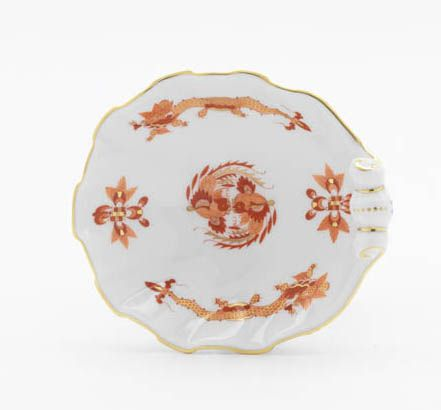"Salt cellar, Shape ""Neuer Ausschnitt"", Ornate dragon, red, gold accents, gold rim, L 11 cm"