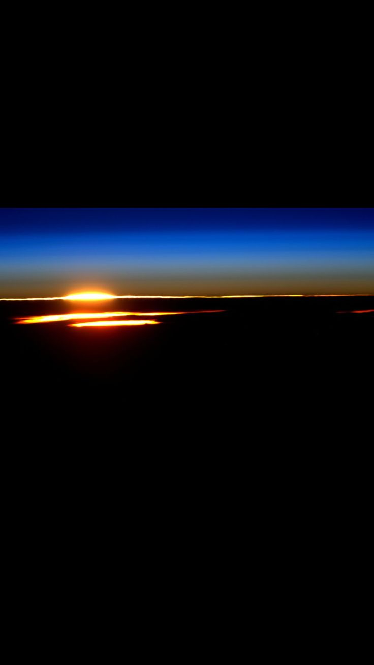 Sunrise from space - by Scott Kelly, Astronaut