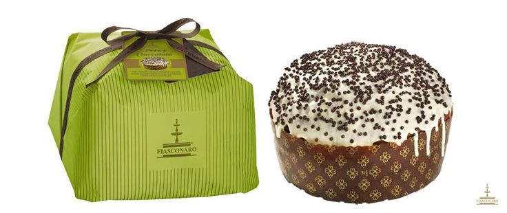 Panettone Fiasconaro Dolce artigianale da forno con gocce di cioccolato e cuore di pera William ricoperto di glassa bianca e croccantini di cioccolato.