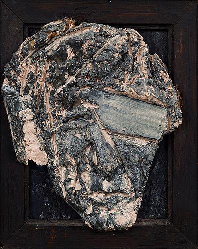 Kain Tapper: Omakuva, 1967, maalattu keramiikka, puukehys, 34x29 cm - Bukowskis F179