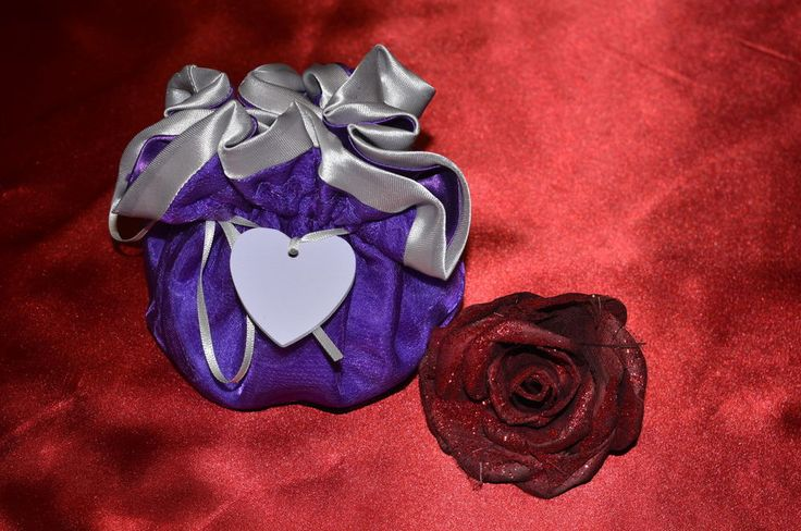 Valentine gift bag in romantic purple organza trimmed in grey satin.Stylish