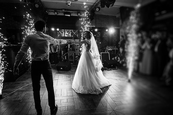 Choosing the first dance song is an important part of wedding prep. Here SmartGroom outlines all you need to consider for that memorable moment... #firstdance #firstdancesong #weddingplanning #weddingtips