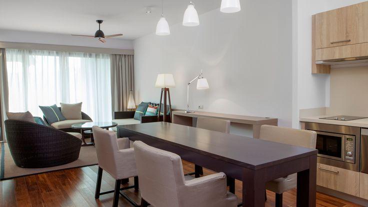 Sheraton New Caledonia Deva Spa and Golf Resort - 1 bedroom suite dining area