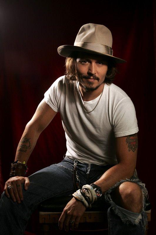 Johnny Depp                                                                                                                                                      Plus