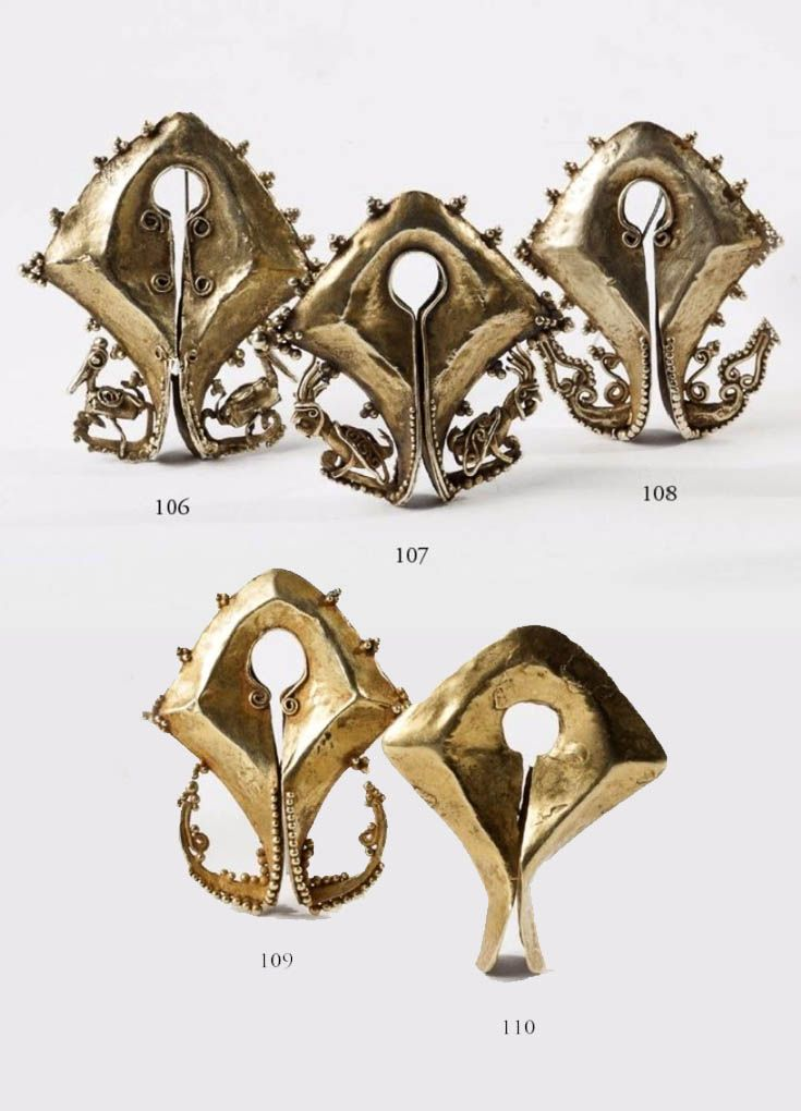 Indonesia - Sumba Islands   Five Mamulis; 14 or 18kt gold. ca. 1900.   Est. 2'800 - 4'500€ per mumuli ~ (Feb '14)