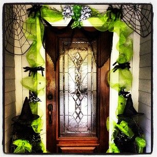 halloween decorating from the dollar stores halloween front doorshalloween - Front Door Halloween Decorations