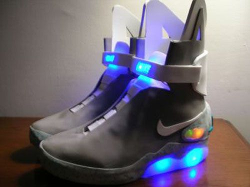 Nike's Air Mag: Marty McFly's 'Back to the Future'. To be sold on http://nikemag.ebay.com/ for auction to date over $3500 with release of only 1500 pairs with proceeds going directly to the Michael J. Fox Foundation for Parkinson's Research and matching funds by Sergey Brin, cofounder of GOOGLE and his wife, Anne. via pcmag http://tinyurl.com/4xorzmc   #Sneakers #Nike #GOOGLE #Michael_J_Fox #Back_to_the_Future #Nike_Air_Mag: Air Mag, Future Fashion, Nikes, Nike Shoes, Marty Mcfly, Sneakers, Back To The Future, Nike Air Max, Nike Free