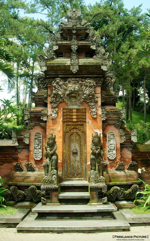Balinese Hindu Temple - Ubud - Bali
