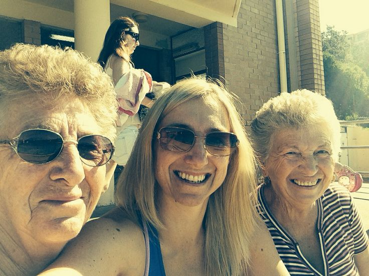 Hanging with my mum and aunty and the pools  21.4.2014
