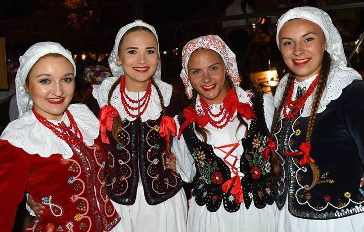 Polish Folklor ZPiT Pyrzyce Rzeszów region  fot.: Tadeusz Krawiec