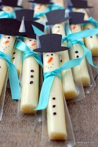 string cheese snowmen - for my friends with little ones who need a healthy snack/treat idea!
