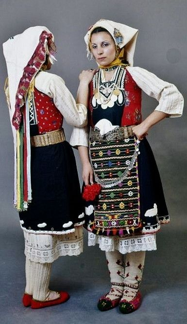 Greek bridal dress from Karoti in the Evros region of Thrace. Early 20th century. (Peloponnesian Folklore Foundation, Nafplion, Greece).