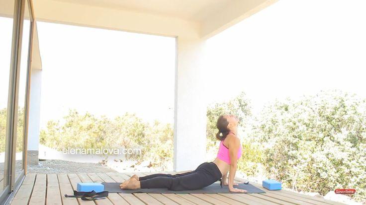 Yoga . Día 9: Padmasana (Loto) Vinyasa Preparación. Abrir las caderas