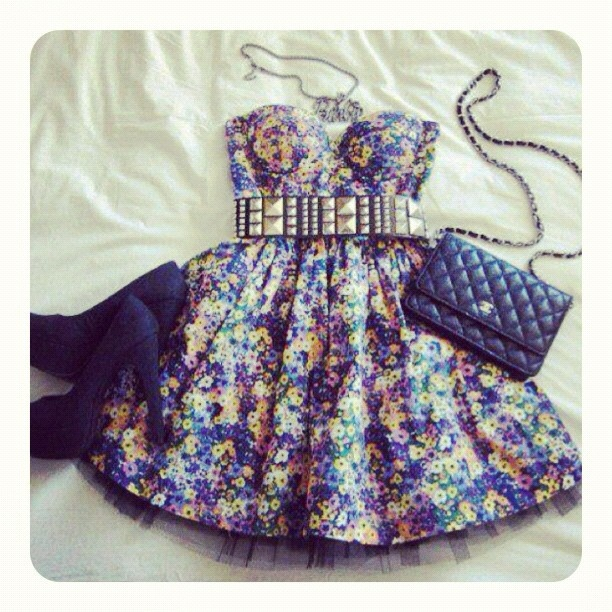 sooo cute: Outfits, Fashion, Style, Dream Closet, Clothing, Clothes, Belt, Wear, Floral Dresses