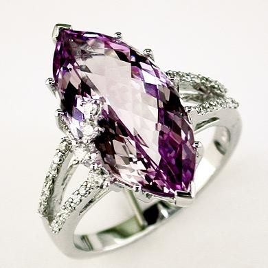 Ladies Diamond & Amethyst Ring in 14K White Gold | #acessórios #accessories #ring #anel
