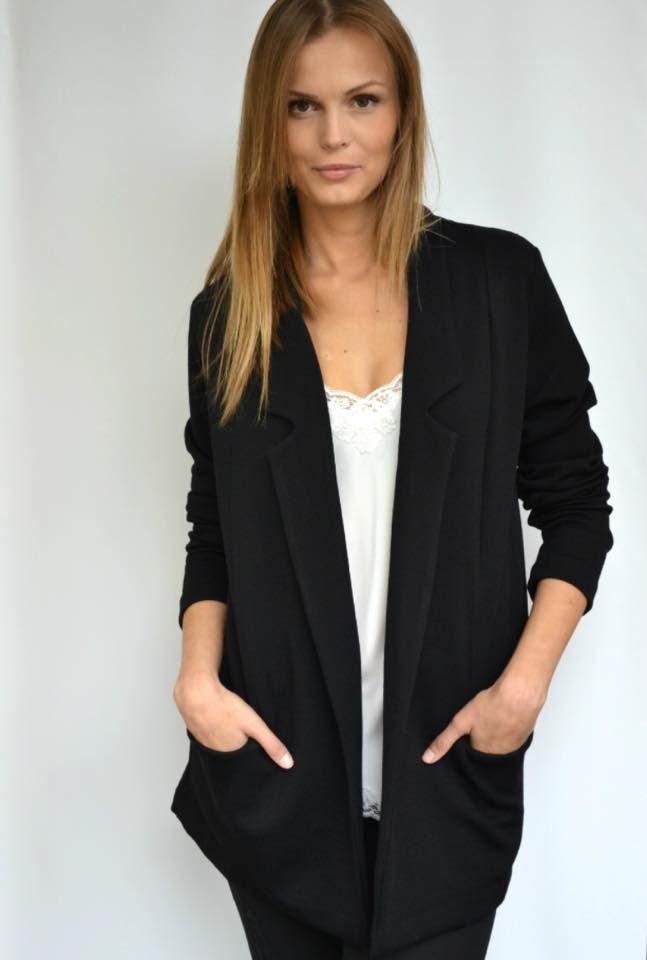 River Island blazer at FASHION ADDICT