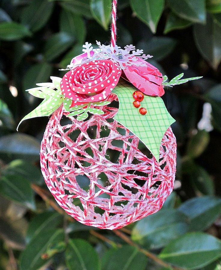 Diy string ornament craft holiday projects pinterest - String ornaments christmas ...