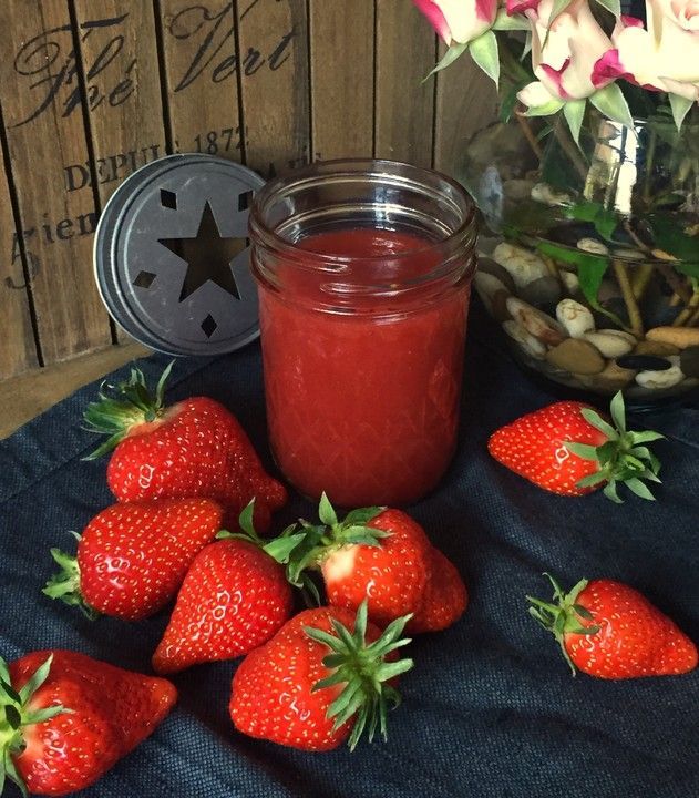 Erdbeersoße, ein tolles Rezept aus der Kategorie Frühling. Bewertungen: 37. Durchschnitt: Ø 4,3.