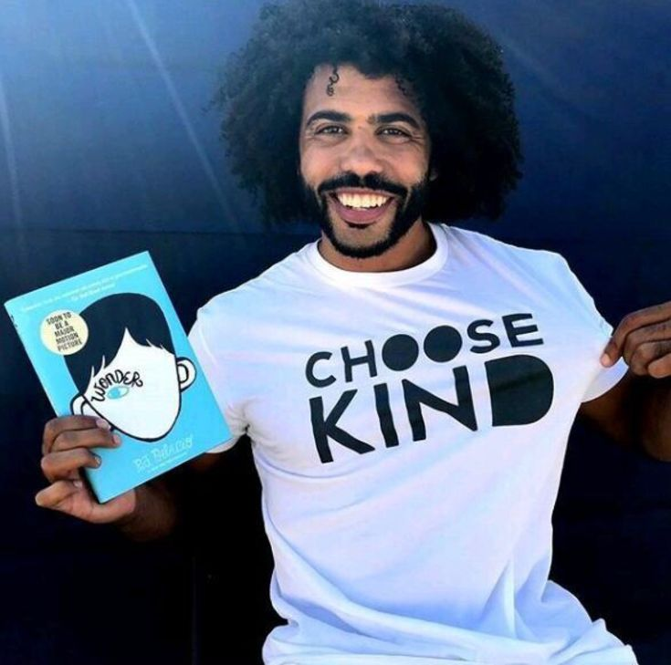 When they showed the trailer  for wonder at my school, I freaked out about daveed diggs and nothing else