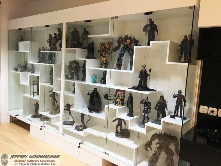 display cabinet, lemari pajangan, lemari pajang kaca, toys, jeffrey woodmachine, rak pajang, hot toys, transformers, neca