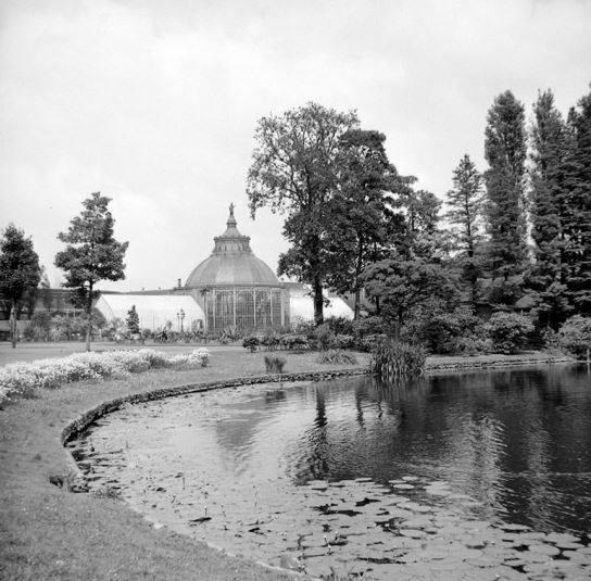1939,Op het terrein van de oude Rotterdamse Diergaarde
