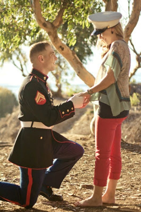 An inspiring military engagement session! http://myinspiredwedding.com/real-weddings-2/real-engagement-inspiration-a-military-engagement-session