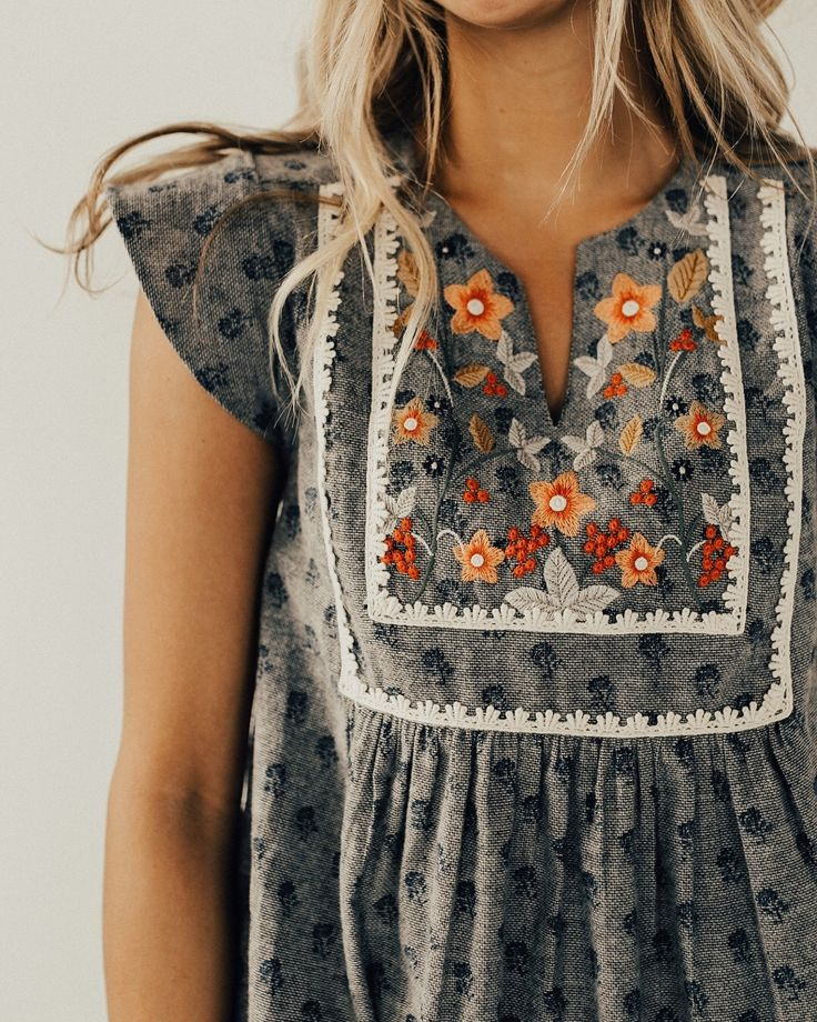 Embroidered gray top   – boho fashion