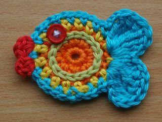 Vis haken, met patroon. Crochet fish