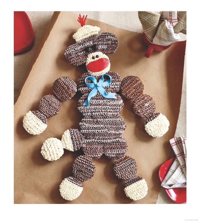 Sock monkey birthday cake made out of cupcakes @kelligrizzard