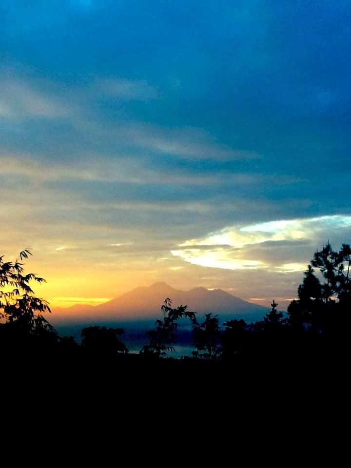 Sunrise @M T. Gede & Pangrango (view from Batu Tapak camping ground/Javana Spa compound, Sukabumi, West Java, Indonesia)