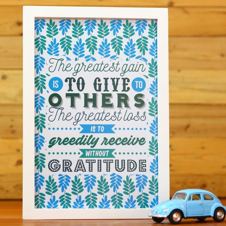 The Greatest Gain (APR16-03) Hiasan dinding ini akan mengingatkan kita untuk selalu memberi dan menerima dengan penuh syukur. Dengan warna birunya yang menyejukkan pastinya akan memberi ketenangan di rumah Anda. Yuk miliki sekarang!