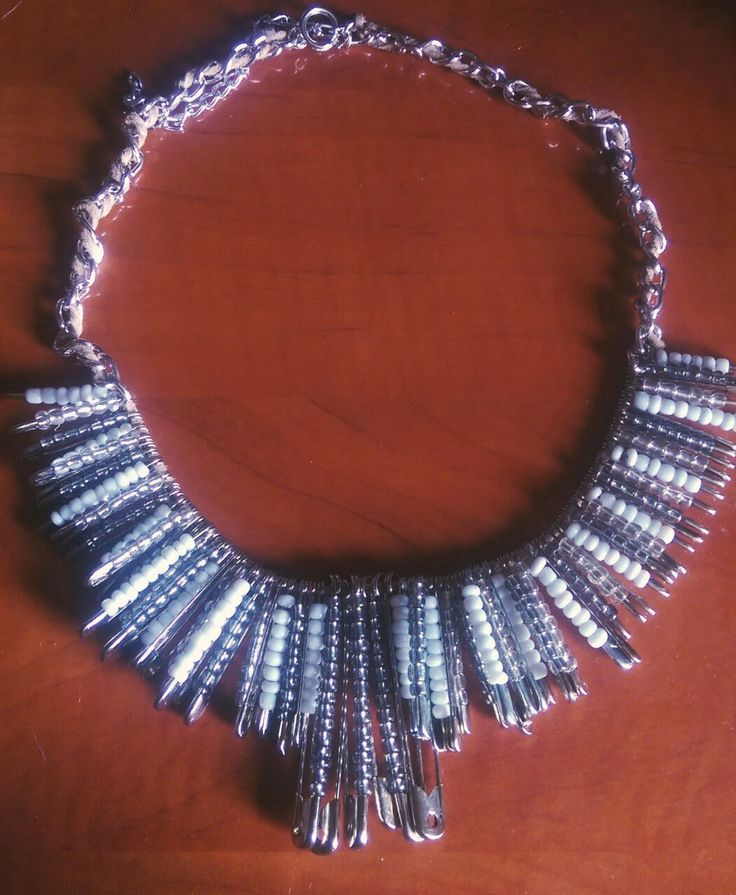 Safety Pins Statement Necklace  30 lei