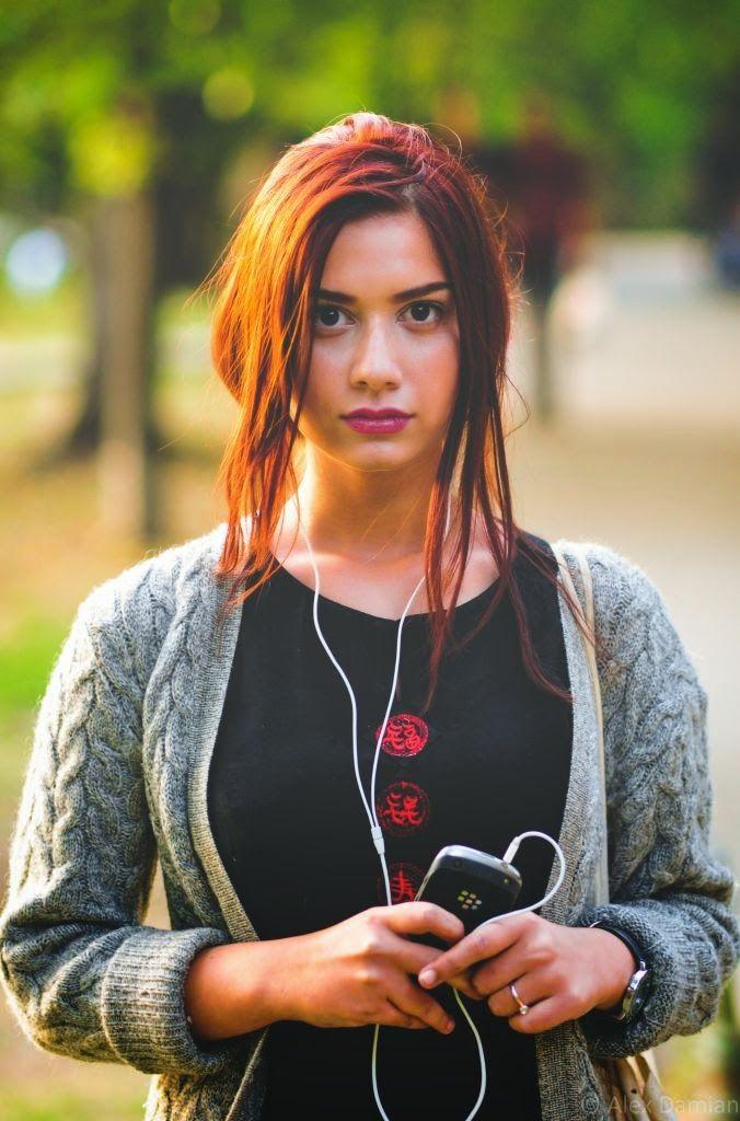 Adriana la #ascultacumine pe www.alexdamian.ro