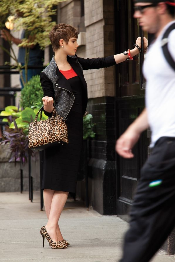 Watch Magazine Photos: Sami Gayle Makes A Stylish Splash In New York On CBS.