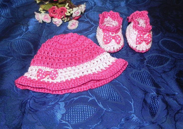 SCARPETTE + cappellino bambina FATTE A MANO in cotone rosa-fuxia : Moda bebè di ciuppino