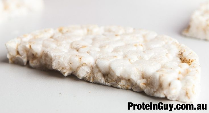 Need a new Healthy Snack Recipe? Well here is one for you! Rice cakes with tuna and cottage cheese, easy to make, easy to eat! Learn how to make them here, just Click on the Pic > #protein #recipe #ricecakes #diet #health #fitness