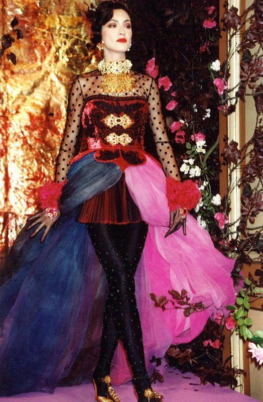1000 images about crhistian lacroix on pinterest christian lacroix haute couture and haute. Black Bedroom Furniture Sets. Home Design Ideas